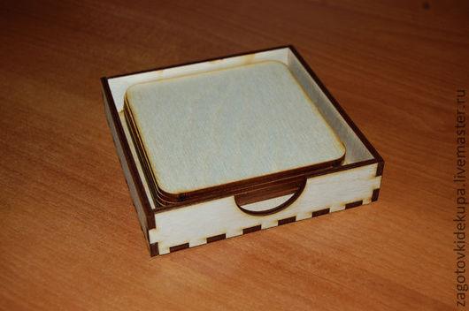Набор: Лоток и подставки под кружки  (продается в разобранном виде) Размеры:  лоток 13х13х3 см,  подставки 11х11 см Материал: фанера 3 и 4 мм