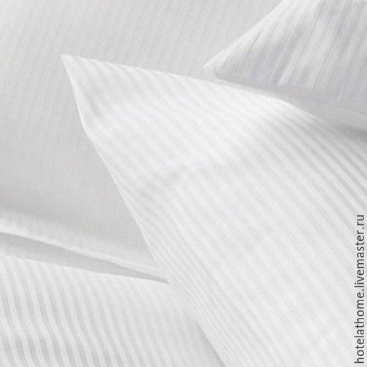 Купить ткань белый сатин для постельного белья в тонкую полоску (ширина полосок 0.5 см).
