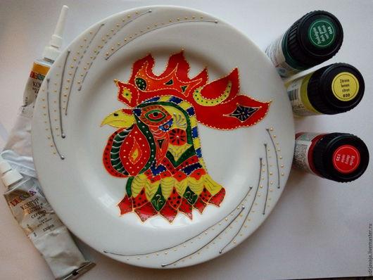 Декоративная посуда ручной работы. Ярмарка Мастеров - ручная работа. Купить Декоративная тарелочка с изображение символа 2017 года. Handmade.