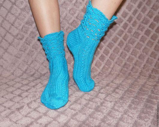 Носки, Чулки ручной работы. Ярмарка Мастеров - ручная работа. Купить Вязаные носочки с ажурной каймой спицами. Handmade. Синий