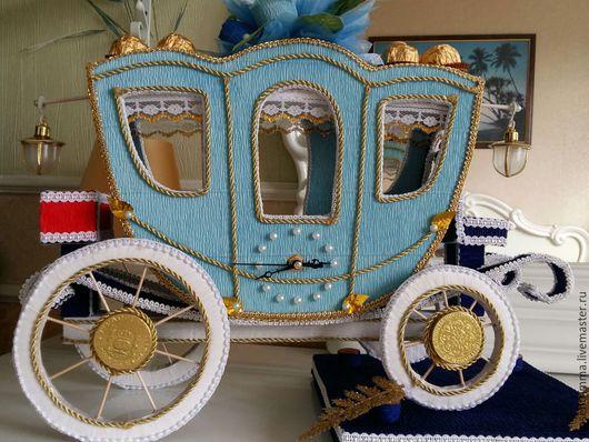 Часы для дома ручной работы. Ярмарка Мастеров - ручная работа. Купить Карета со встроенными часами декорирована цветами из конфет. Handmade.