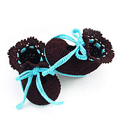 Работы для детей, handmade. Livemaster - original item knitted booties girls baby booties brown, turquoise. Handmade.