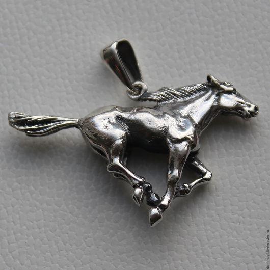 Украшения для мужчин, ручной работы. Ярмарка Мастеров - ручная работа. Купить Конь Мустанг бегущий. Handmade. Серебряный, конь серебро