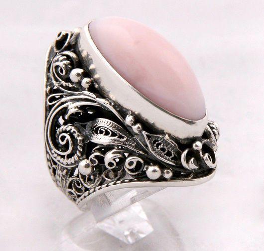 Кольца ручной работы. Ярмарка Мастеров - ручная работа. Купить Серебряное кольцо с розовым опалом. Handmade. Серебряное кольцо