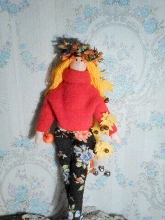 Куклы Тильды ручной работы. Ярмарка Мастеров - ручная работа. Купить Осень. Handmade. Тильда, времена года, флис, бубенцы