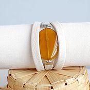 Украшения handmade. Livemaster - original item A white bracelet with a large stone White-orange leather. Handmade.