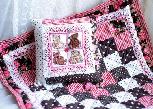 Кукольный дом ручной работы. Ярмарка Мастеров - ручная работа. Купить Комплект постельных принадлежностей для куклы или мишки Тедди. Handmade.