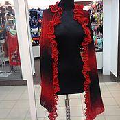 Аксессуары ручной работы. Ярмарка Мастеров - ручная работа шарф палантин красно чёрный деградэ. Handmade.