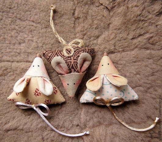 Игрушки животные, ручной работы. Ярмарка Мастеров - ручная работа. Купить мышь текстильная. Handmade. Мышь, брошь, игрушка на елку