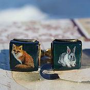 """Украшения ручной работы. Ярмарка Мастеров - ручная работа Запонки """"Рыжий лис и белый кролик """" (Живопись). Handmade."""