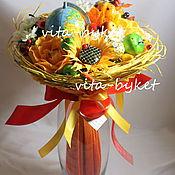 """Цветы и флористика ручной работы. Ярмарка Мастеров - ручная работа Букет из конфет """"Яркая осень"""" букеты из конфет на 1 сентября. Handmade."""