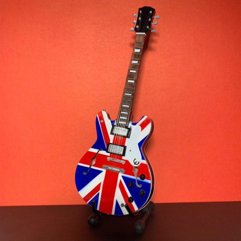 Сувенирная мини гитара Oasis, Инструменты, Москва, Фото №1