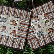 Для дома и интерьера ручной работы. Ярмарка Мастеров - ручная работа Прихватки пэчворк с домиками. Handmade.