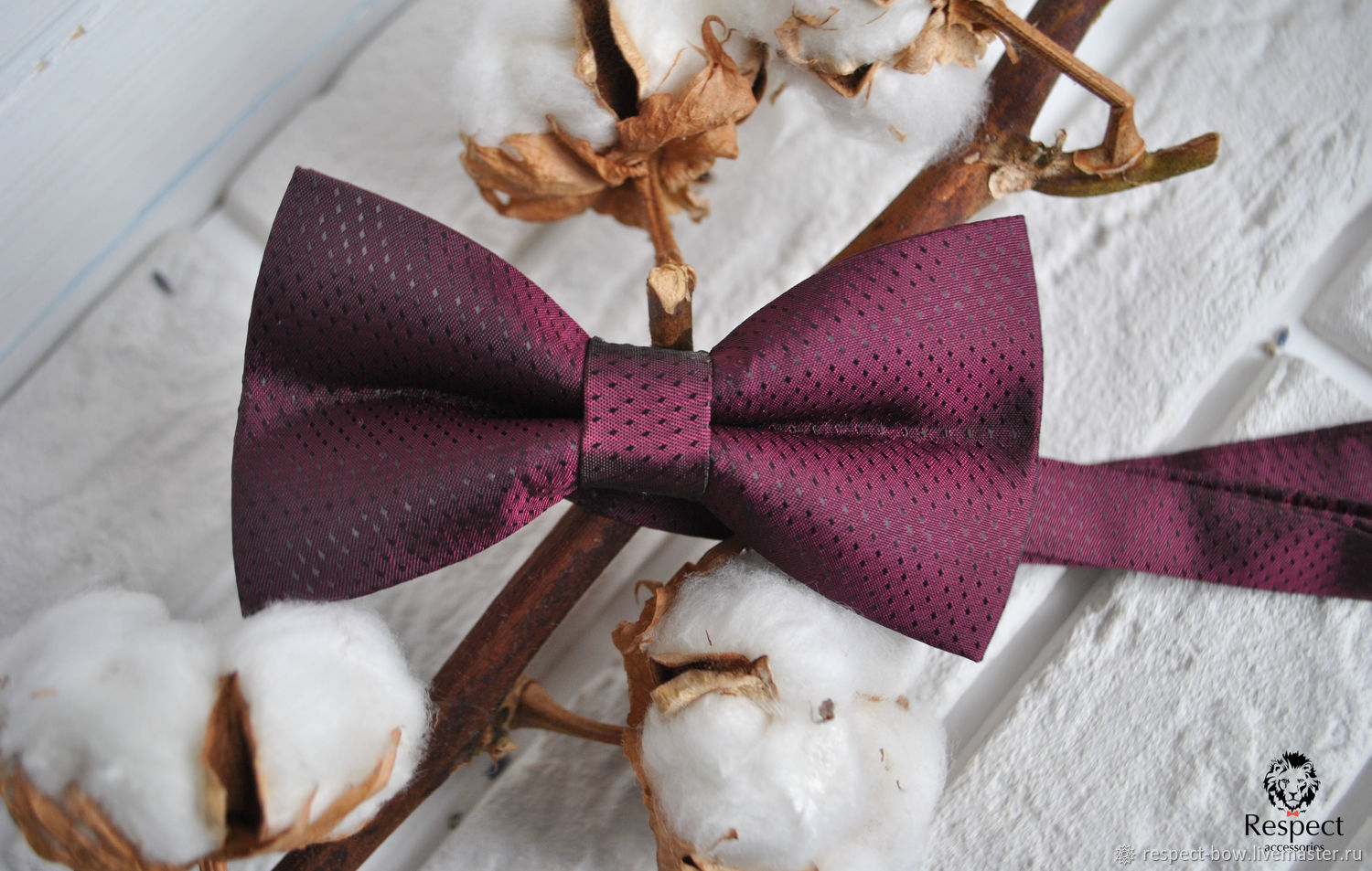 Satin tie necktie Burgundy color in small dots Eclat. You can buy in the online store with operational delivery in Moscow, St. Petersburg or any other city not only of Russia but of the world