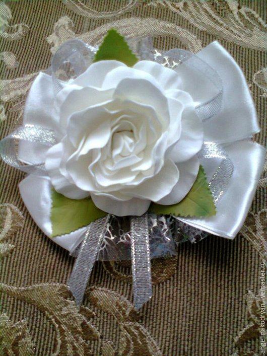 """Детская бижутерия ручной работы. Ярмарка Мастеров - ручная работа. Купить банты нарядные"""" Розы с серебром"""" из фоамирана. Handmade. Белый"""