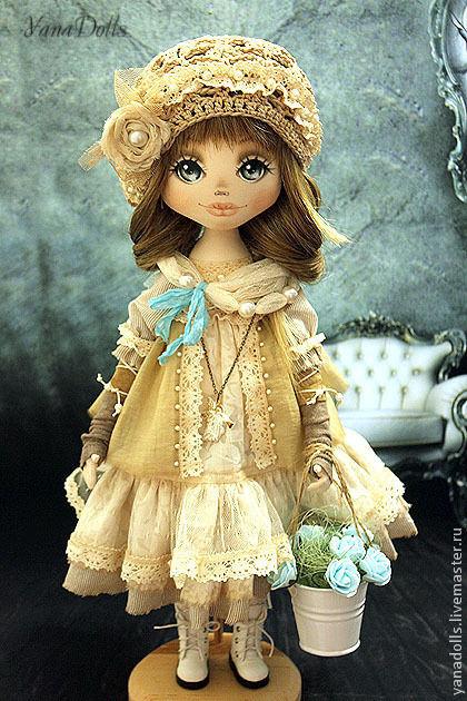 Коллекционные куклы ручной работы. Ярмарка Мастеров - ручная работа. Купить Veronika. Handmade. Бежевый, трессы, берет, гипюр