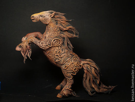 Игрушки животные, ручной работы. Ярмарка Мастеров - ручная работа. Купить Богатырский конь (фигурка лошадь терракота). Handmade. подарок