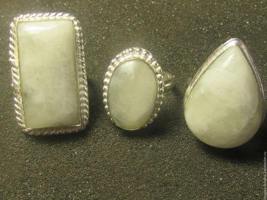 Кольца ручной работы. Ярмарка Мастеров - ручная работа. Купить кольцо с лунным камнем. Handmade. Белый, длинные серьги