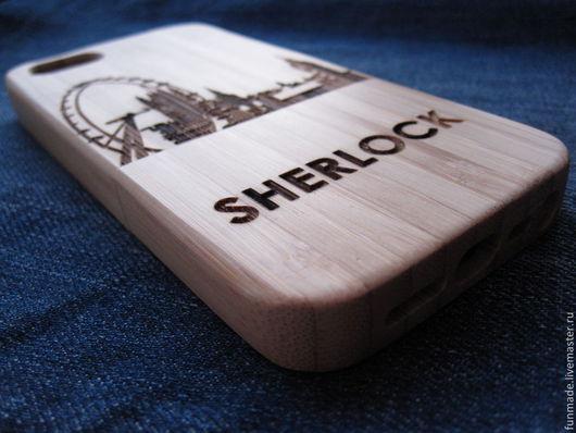 Чехол изготовлен из бамбука