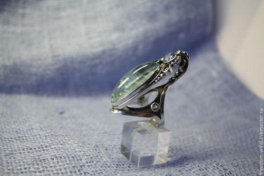 Кольца ручной работы. Ярмарка Мастеров - ручная работа. Купить Кольцо с голубыми топазами. Handmade. Голубой, подарок девушке