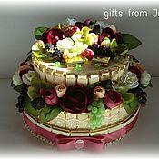 """Букеты ручной работы. Ярмарка Мастеров - ручная работа Торт из конфет """" Камелия"""". Handmade."""