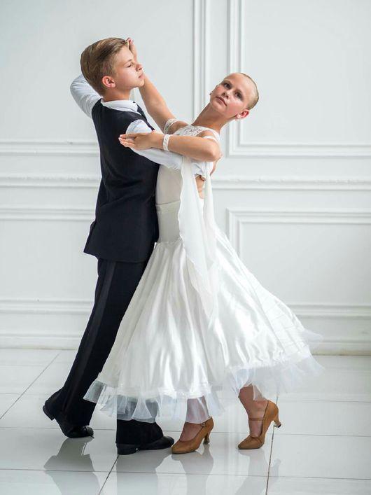 Танцевальные костюмы ручной работы. Ярмарка Мастеров - ручная работа. Купить Комплект: стандарт + латина. Handmade. Белый