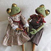 Куклы и игрушки ручной работы. Ярмарка Мастеров - ручная работа Лягушки Арнольд и Изольда. Handmade.