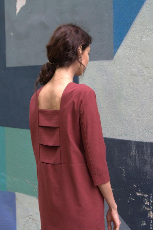 Платья ручной работы. Ярмарка Мастеров - ручная работа. Купить Платье шерстяное средней длины с отделкой на спинке. Handmade. Бордовый