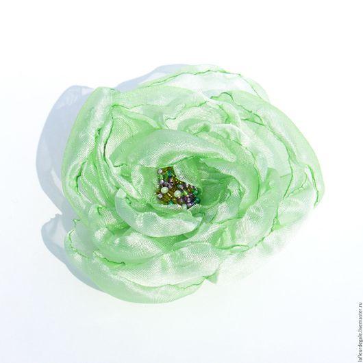 Заколки ручной работы. Ярмарка Мастеров - ручная работа. Купить «Дикая Роза» зелёная («Wild Rose - Light Green»). Handmade.