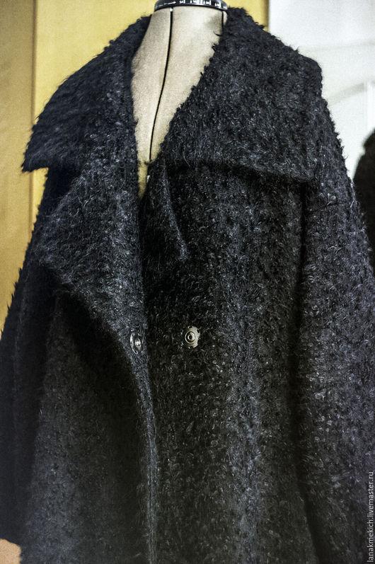 """Большие размеры ручной работы. Ярмарка Мастеров - ручная работа. Купить Теплое шерстяное пальто- халат. Большого размера. """"Black"""". Handmade."""