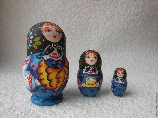 Фото Матрешка расписная трехместная.Матрешка русская с курицей. Киселева Наталья Дубна.