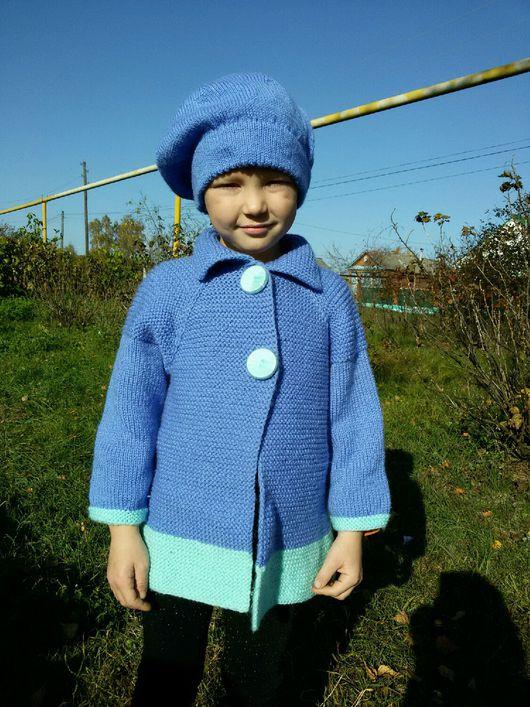 Одежда для девочек, ручной работы. Ярмарка Мастеров - ручная работа. Купить Вязаный комплект пальто и берет на позднюю весну или раннюю осень.. Handmade.