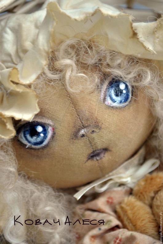 Куклы тыквоголовки ручной работы. Ярмарка Мастеров - ручная работа. Купить Кукла текстильная интерьерная тыкваголовка кудряшка с мишкой в чепчике. Handmade.