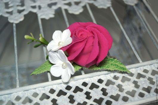 Заколки ручной работы. Ярмарка Мастеров - ручная работа. Купить Заколка для волос с цветком Розы и Стефанотисами. Handmade. заколка цветы