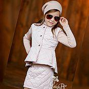 Работы для детей, ручной работы. Ярмарка Мастеров - ручная работа Весенний стеганый комплект: жилет и юбочка. Handmade.