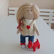 Куклы и игрушки ручной работы. Ярмарка Мастеров - ручная работа На прогулку. Текстильная интерьерная кукла ручной работы. Handmade.