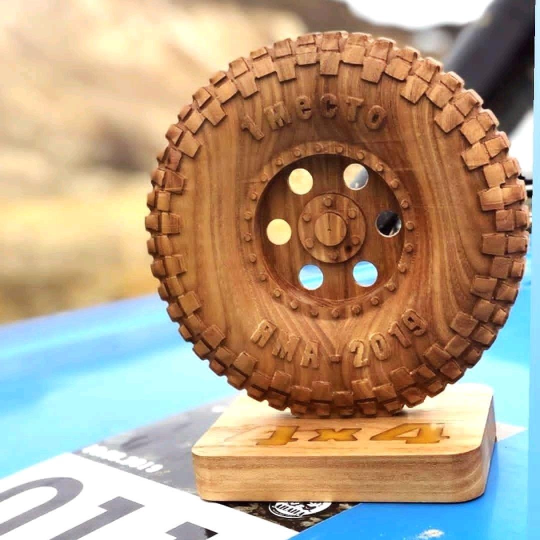 Награды и кубки для победителей из дерева, Атрибутика, Анапа,  Фото №1