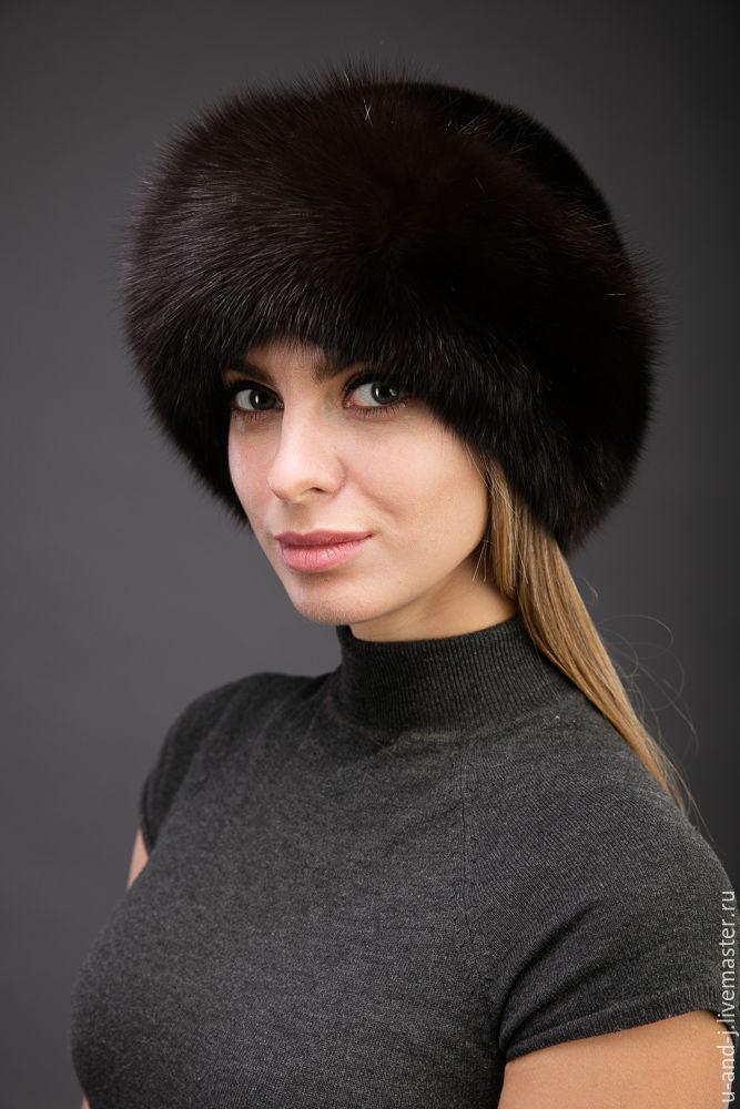Женская меховая шапка боярка