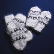 Работы для детей, handmade. Livemaster - original item Children`s set of knitted mittens and socks. Handmade.