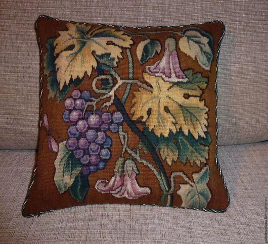 """Текстиль, ковры ручной работы. Ярмарка Мастеров - ручная работа. Купить Декоративная подушка """"Виноград"""", гобелен ручной работы. Handmade."""