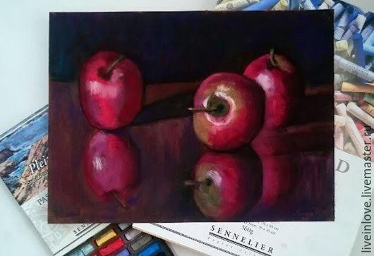 Натюрморт ручной работы. Ярмарка Мастеров - ручная работа. Купить Яблоки. Handmade. Пастель, картина в подарок, картина на заказ, яблоки