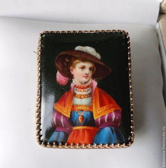 Винтажные украшения. Ярмарка Мастеров - ручная работа. Купить 1850-е Брошь портретная. Фарфор в томпаке. Бидермейер. Handmade. томпак