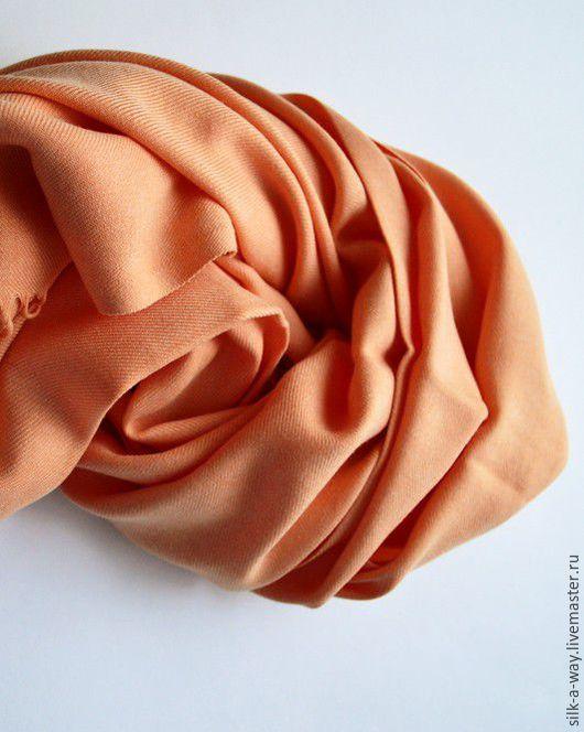 Шали, палантины ручной работы. Ярмарка Мастеров - ручная работа. Купить Палантин кашемировый. Морковный мягкий цвет.. Handmade. Однотонный