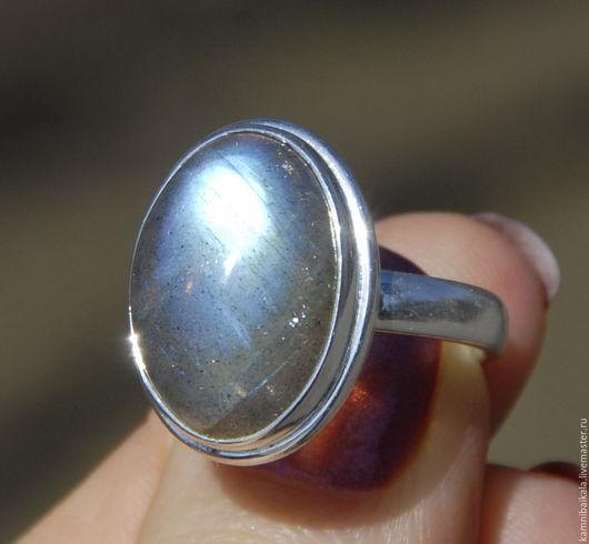 Кольца ручной работы. Ярмарка Мастеров - ручная работа. Купить Кольцо с лабрадором (М192). Handmade. Серый, камни байкала