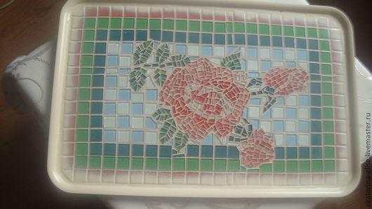 """Кухня ручной работы. Ярмарка Мастеров - ручная работа. Купить Поднос""""Романтичные розы"""". Handmade. Розы, поднос, стеклянная мозаика, краска"""