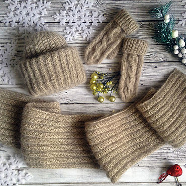 Accesorios manualidades. Livemaster - hecho a mano Knitted hat, scarf and mittens set