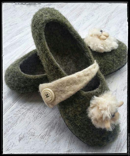 Обувь ручной работы. Ярмарка Мастеров - ручная работа. Купить Тапочки валяные для дома. Handmade. Зеленый, шерсть, тапочки