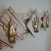 Для дома и интерьера ручной работы. Ярмарка Мастеров - ручная работа Вешалка Винтажные чайники. Handmade.