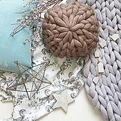 Для дома и интерьера ручной работы. Ярмарка Мастеров - ручная работа Вязаная подушка. Handmade.
