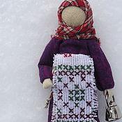"""Куклы и игрушки ручной работы. Ярмарка Мастеров - ручная работа Куколка """"Хозяюшка-помощница"""" 9 см. Handmade."""
